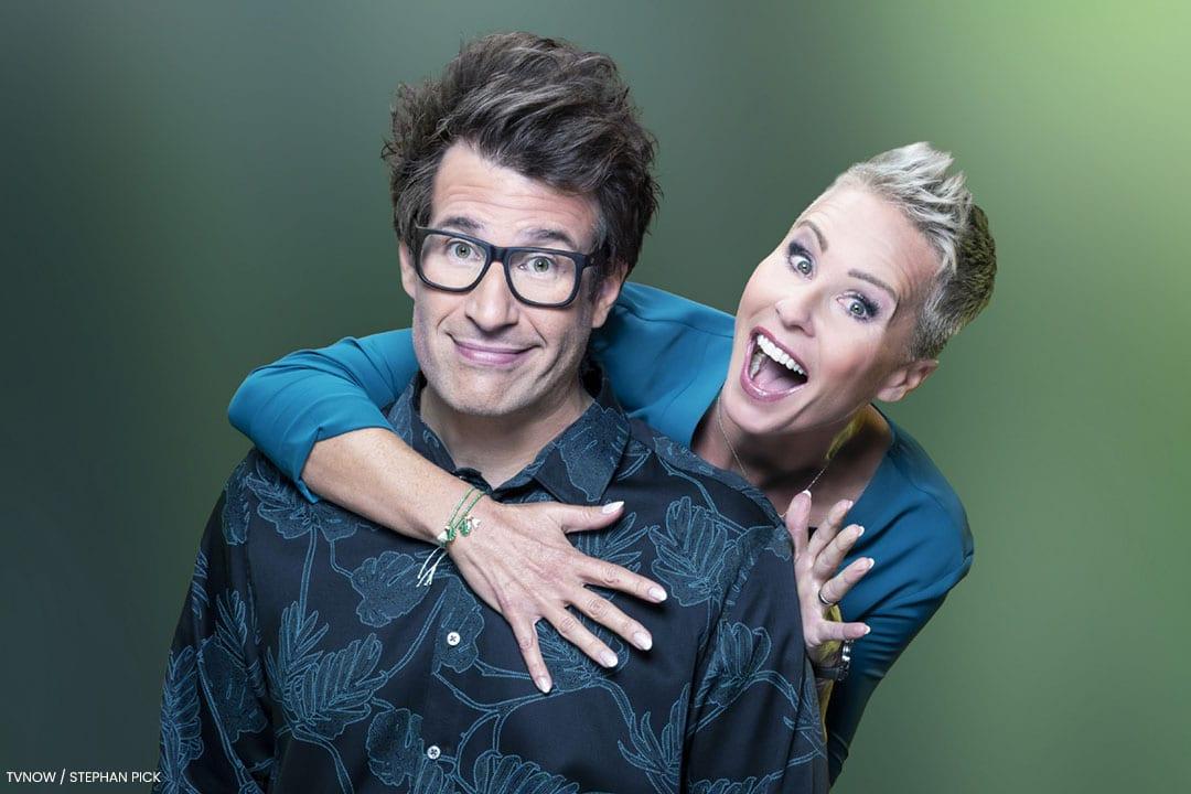 Gewohnt bissig moderieren Sonja Zietlow und Daniel Hartwig die Show.